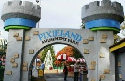 Pixieland-Amusement-Park-Entrance