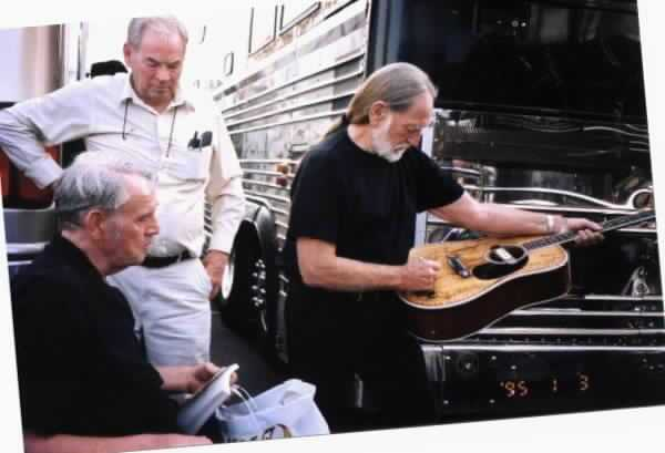 Willie signing Guitar_1 (2017_11_16 21_30_48 UTC)