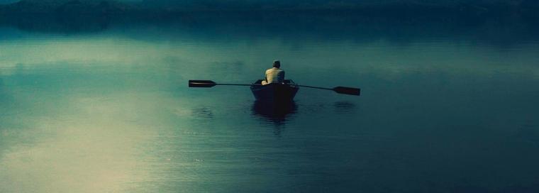 alone-in-a-boat